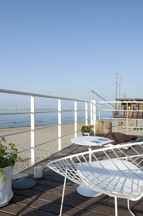 Balcones y terrazas mediterráneos de Studio Zero85 Mediterráneo