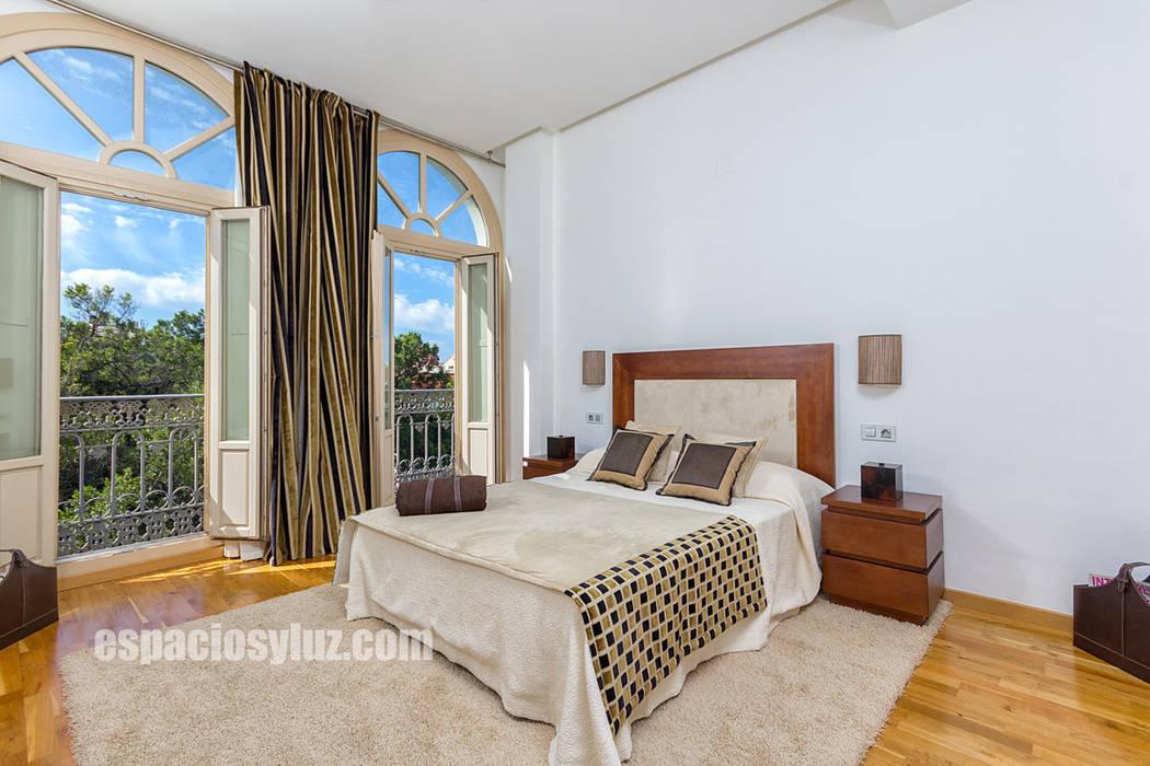 Bedroom by Espacios y Luz Fotografía,