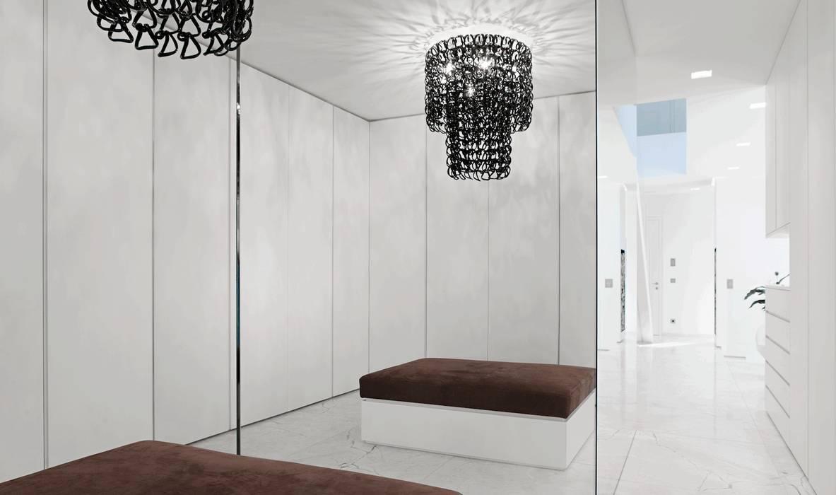 Closets de estilo moderno de monovolume architecture + design Moderno