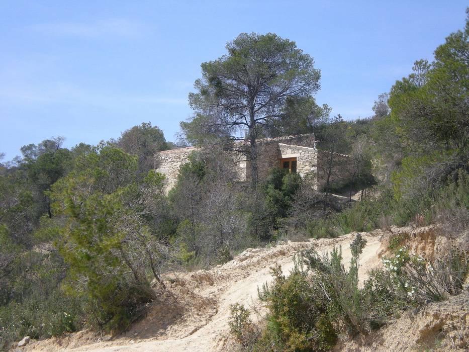 la casa desde lejos Casas de estilo rural de Alacet Rural