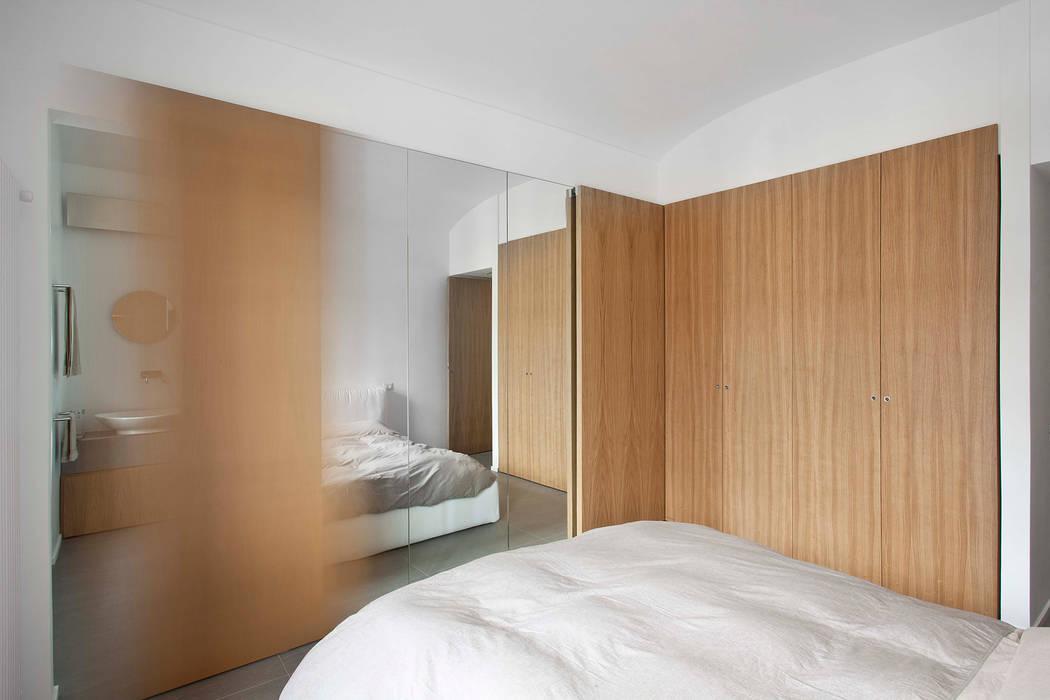 Chambre moderne par studioata Moderne