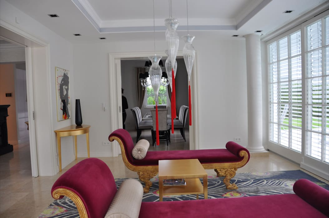 Wintergarten:  Wohnzimmer von Elke Altenberger Interior Design & Consulting