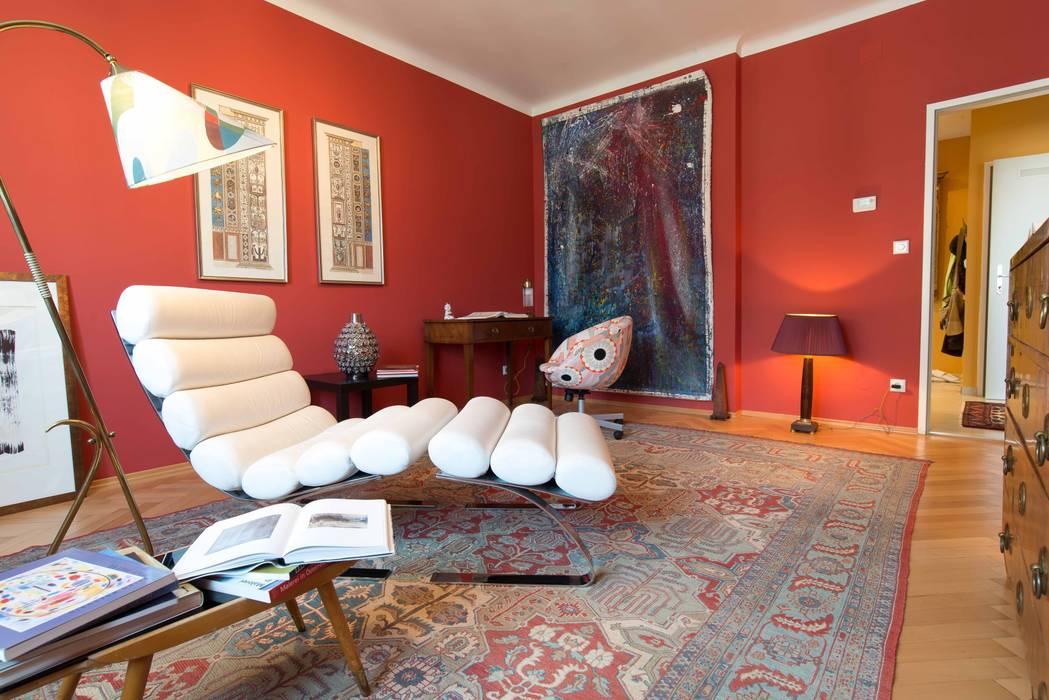 Wohn- und Arbeitsbereich Künstleratelier Arbeitszimmer von Elke Altenberger Interior Design & Consulting