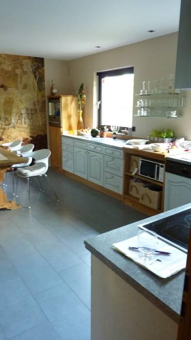 Küche - nachher: moderne Küche von neue innenarchitektur