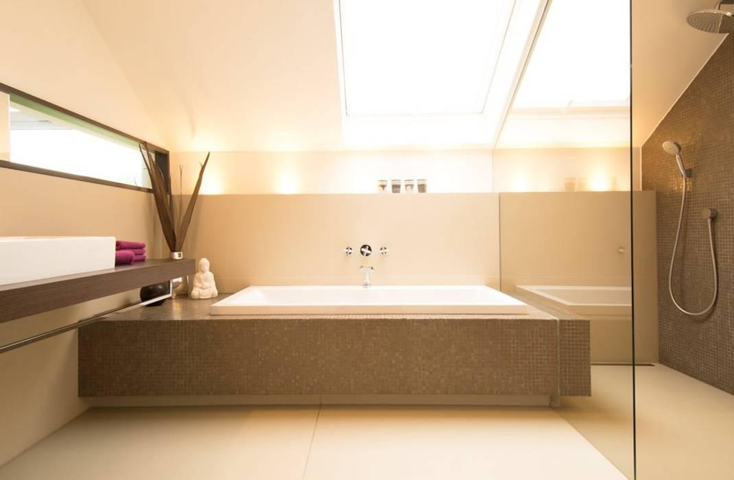 Badezimmer Moderne Badezimmer von Luna Homestaging Modern