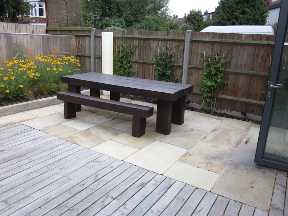 Modern Family garden in North London Earth Designs Jardines de estilo moderno
