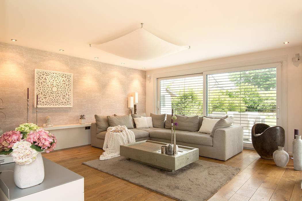 Salas de estilo moderno de Luna Homestaging Moderno