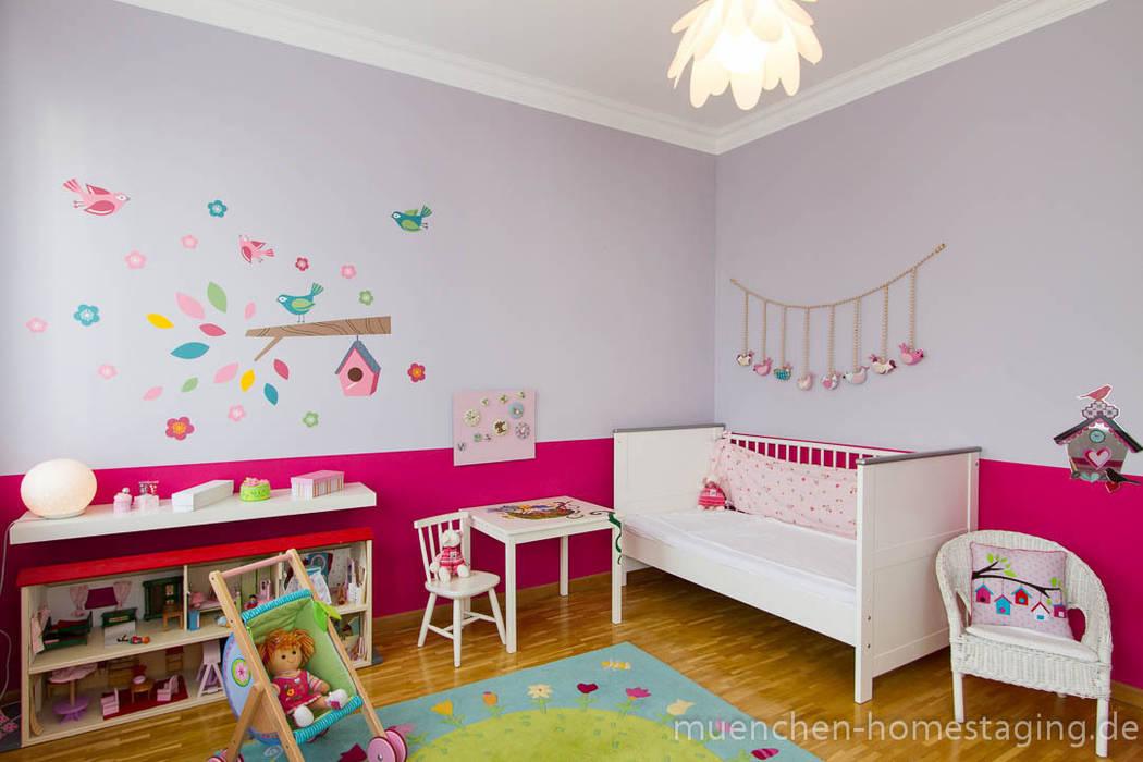 Redesign Kinderzimmer: ausgefallene Kinderzimmer von Münchner HOME STAGING Agentur