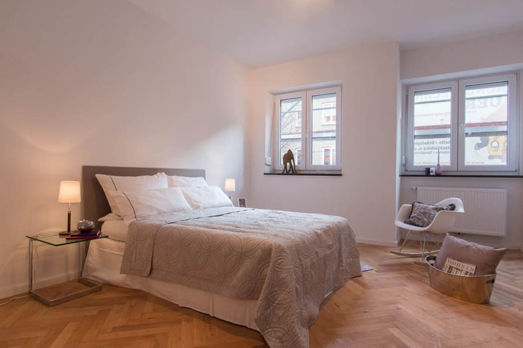 Projekty,  Salon zaprojektowane przez Münchner HOME STAGING Agentur