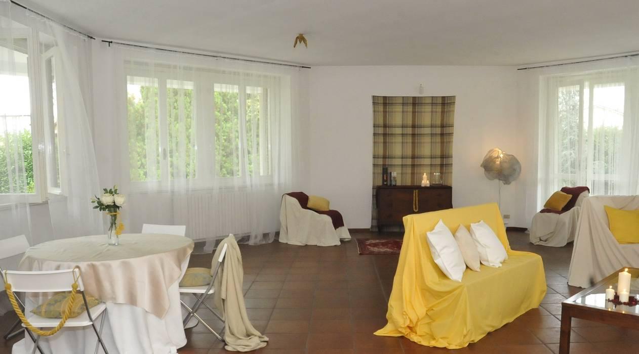 salone: Soggiorno in stile in stile Classico di Gabriella Sala   Home Staging & Relooking Specialist
