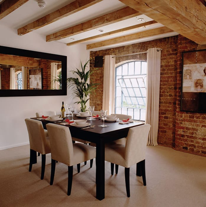 Warehouse Apartment Dining Classic style dining room by 4D Studio Architects and Interior Designers Classic