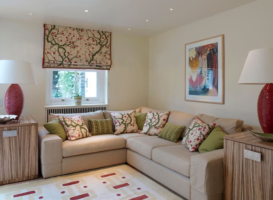 Belgravia:  Living room by Meltons