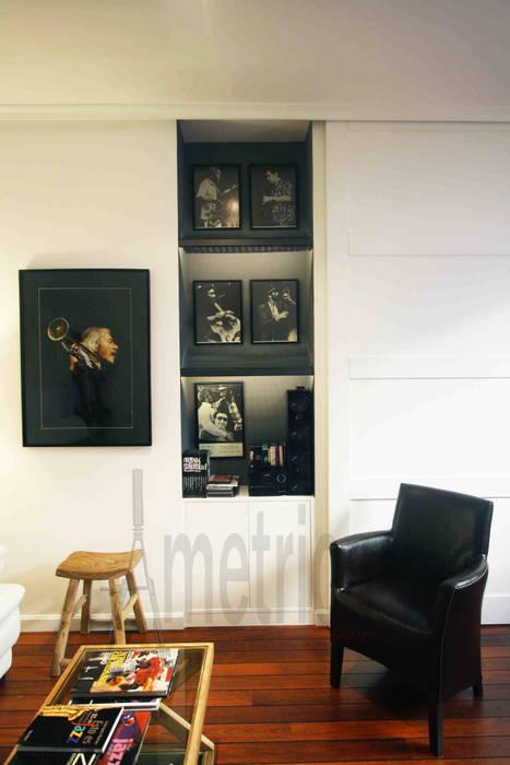 Salón: Salones de estilo ecléctico de Ametrica & Interior, S.L.