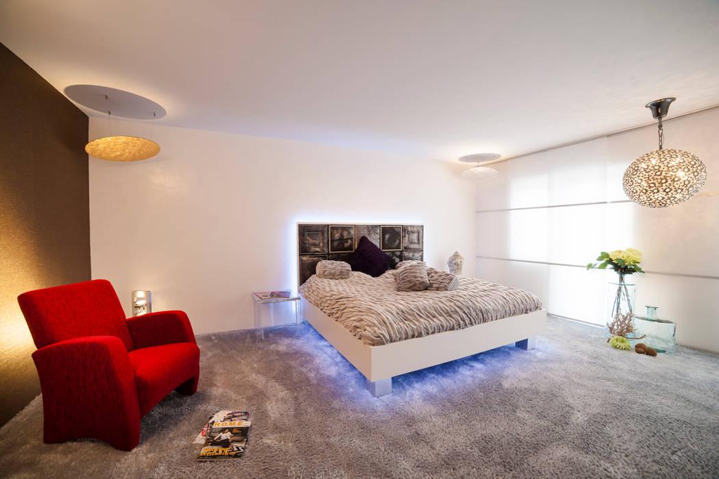 B R I N G E N Sie neuen Schwung in Ihr Schlafzimmer Moderne Wohnzimmer von Design by Torsten Müller Modern