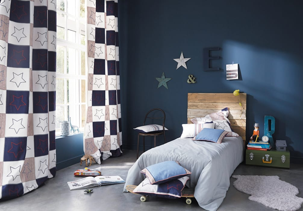 Nursery/kid's room by kinder räume ag, Eclectic