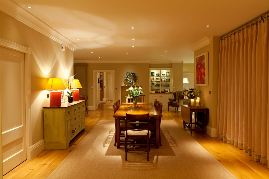 The Dining Area:  Dining room by Brilliant Lighting