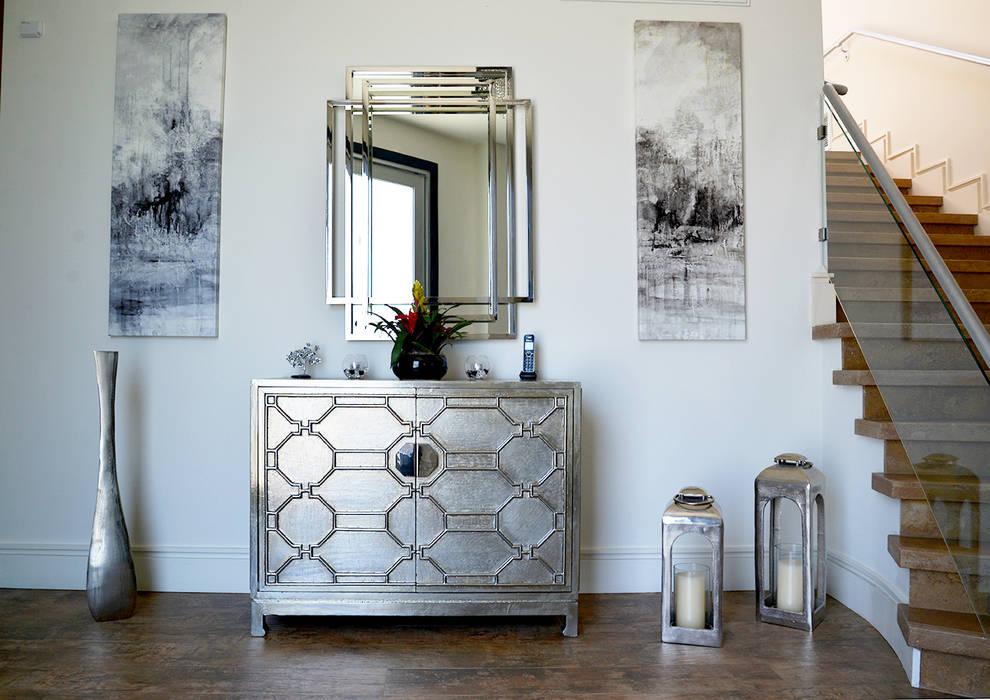 Erika Winters® Design Modern Corridor, Hallway and Staircase
