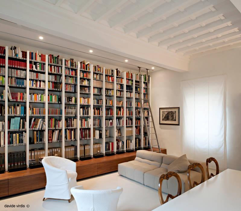Appartamento in centro a Firenze: Studio in stile  di beatrice pierallini