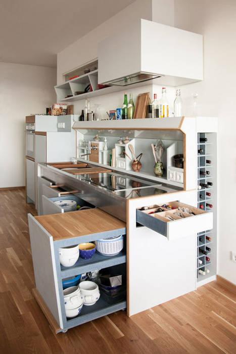 Dapur: Ide desain interior, inspirasi & gambar Oleh studio andree weissert