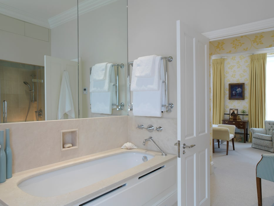 Belgravia Classic style bathroom by Meltons Classic