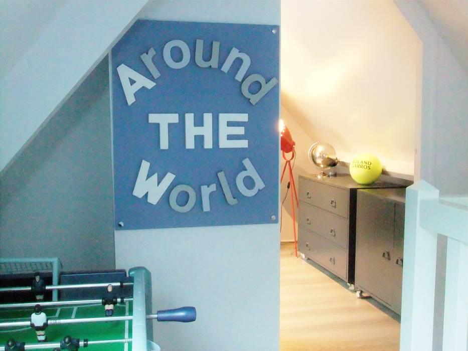 Espace jeux et détente Chambre d'enfant moderne par HOME feeling Moderne