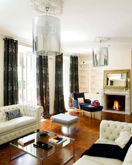 entertain... nikohl cadeau interiors Casas de estilo clásico