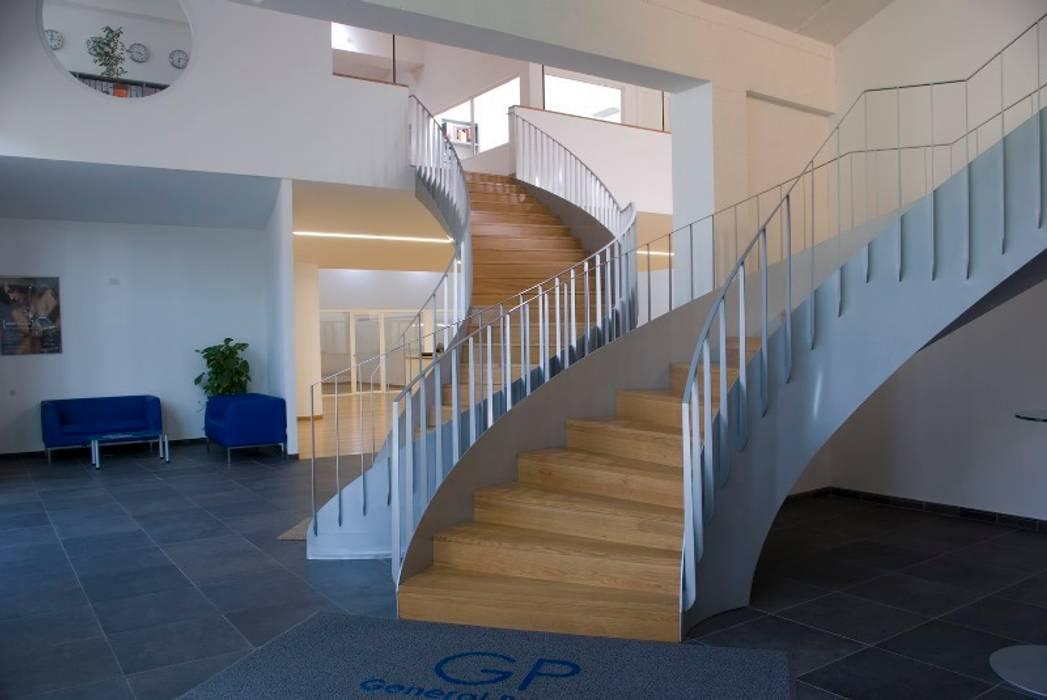 offices and showroom CHRISTIAN THEILL DESIGN Espaces de bureaux modernes
