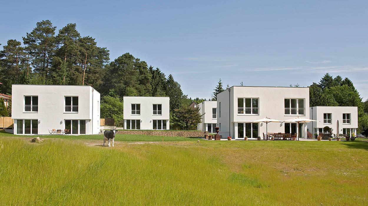 Jesteburger Sonnenhäuser – die wichtigsten Fakten auf einen Blick:  Häuser von Jesteburger Sonnenhäuser GmbH & Co. KG