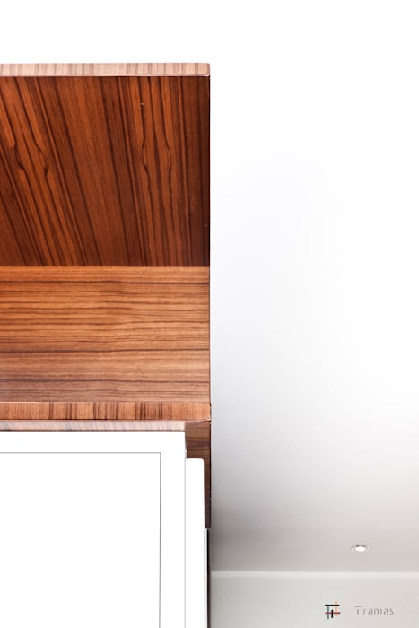 Casa PNS Ingresso, Corridoio & Scale in stile moderno di Tramas Moderno