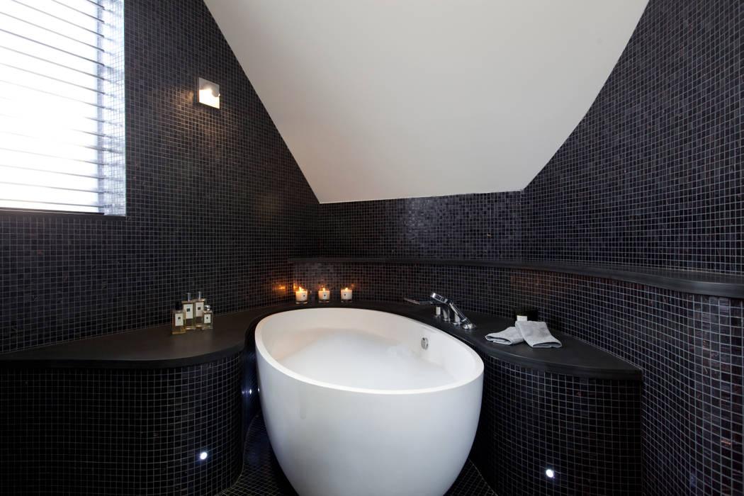 Salle de bains de style  par Increation, Classique