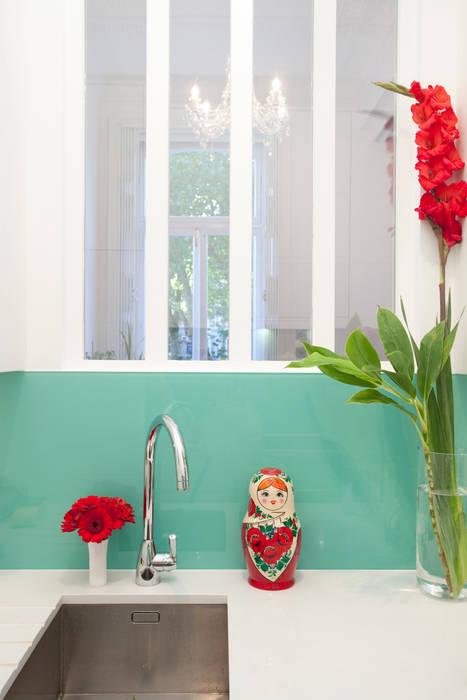 Kensington Gardens W2: Contemporary Style Rumah Klasik Oleh Increation Klasik