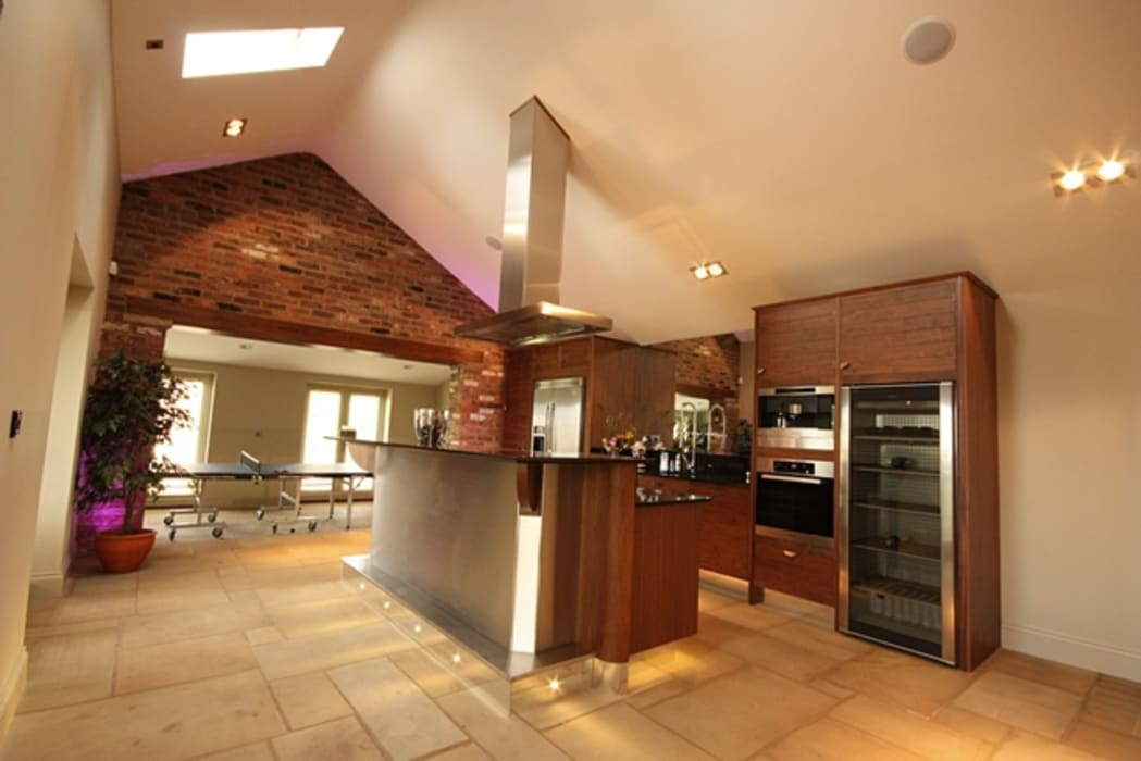 Lighting and Lighting Control: eclectic Kitchen by Inspire Audio Visual
