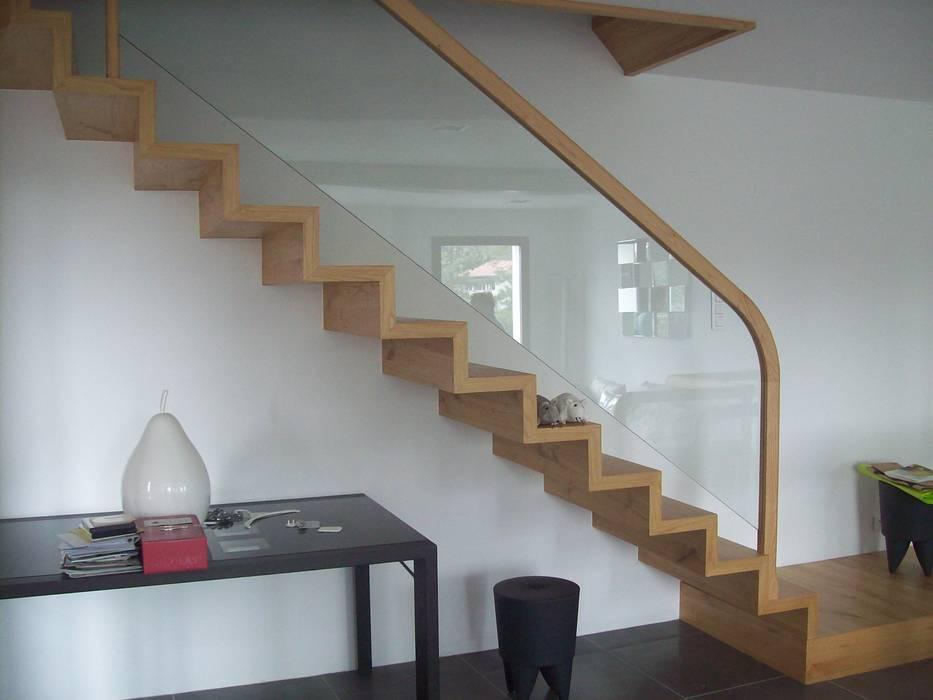 bois verre Couloir, entrée, escaliers par ADIBOIS