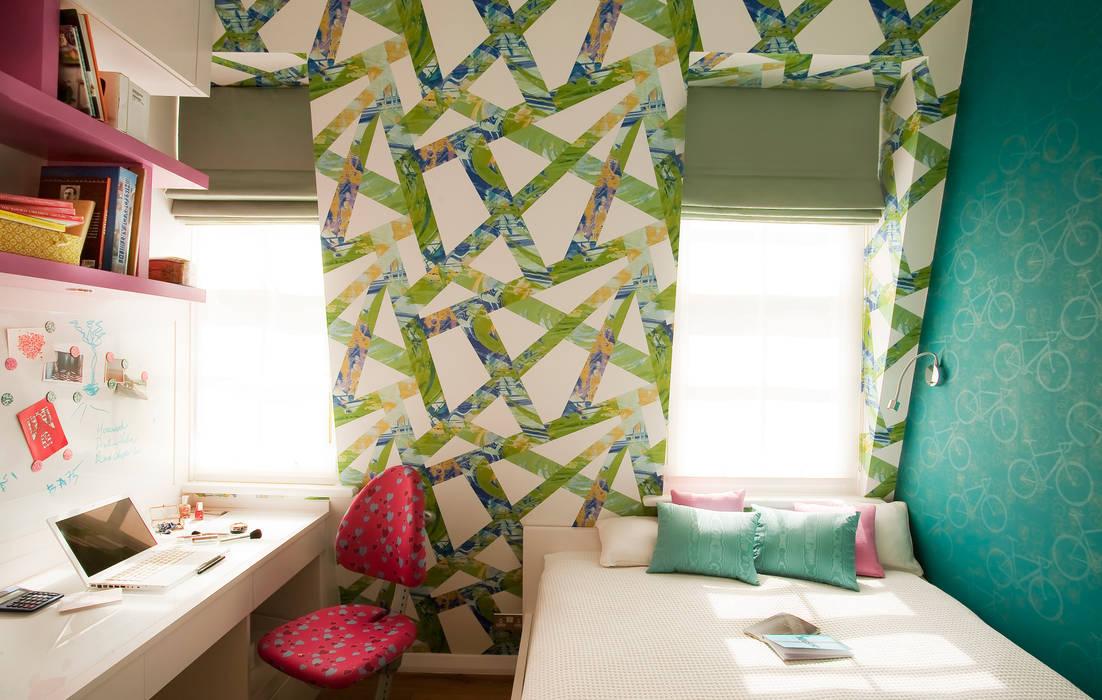 Kid's room:  Nursery/kid's room by Matteo Bianchi Studio