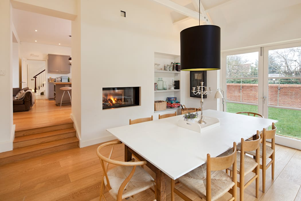 Talbot Lodge:  Dining room by Riach Architects, Classic