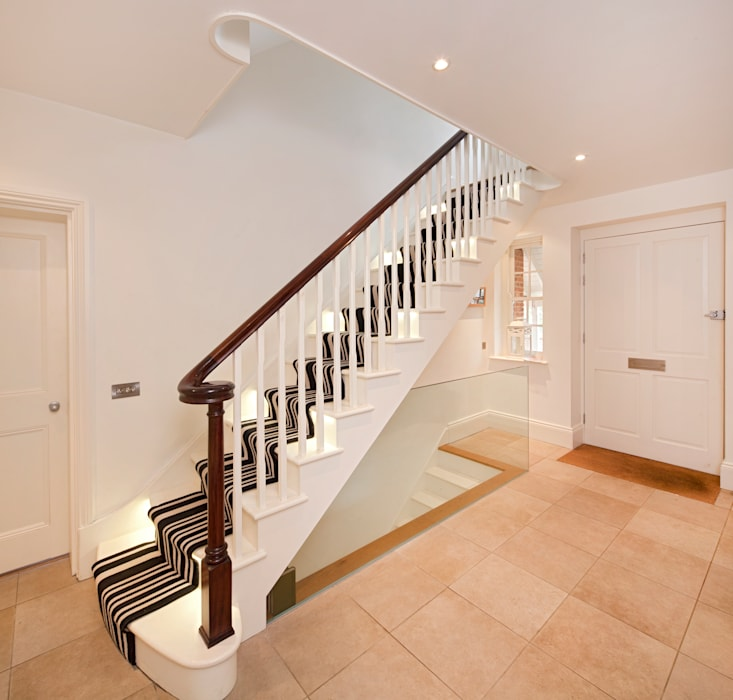 Talbot Lodge:  Corridor & hallway by Riach Architects