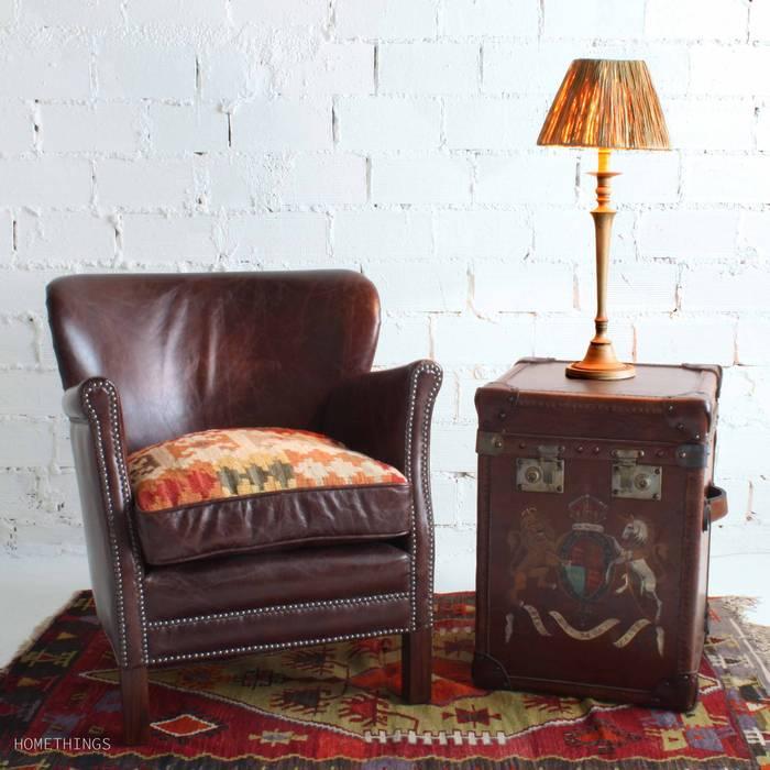 Butaca cuero kilim y baul, de Timothy Oulton de HOME THINGS Ecléctico