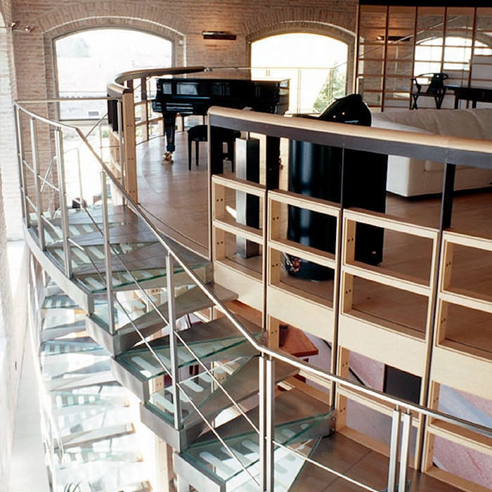 Arredamenti su misura realizzati da NIVA-line Ingresso, Corridoio & Scale in stile moderno di Ni.va. Srl Moderno