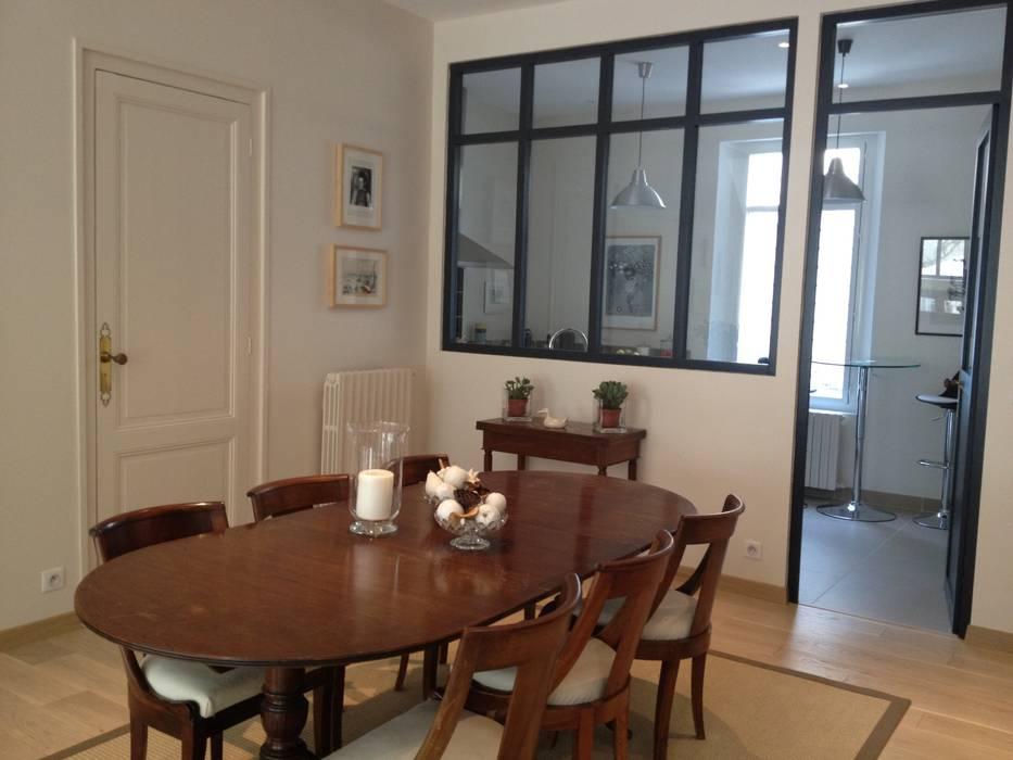 Echoppe Bordelaise: Salle à manger de style  par AUDE SWEET HOME