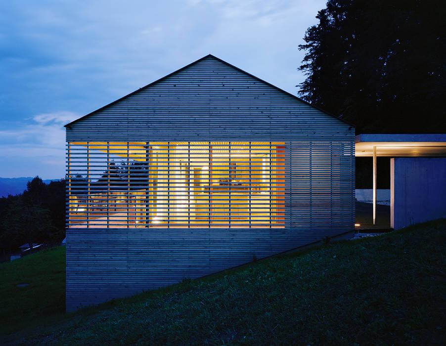 Dietrich | Untertrifaller Architekten ZT GmbH Casas estilo moderno: ideas, arquitectura e imágenes