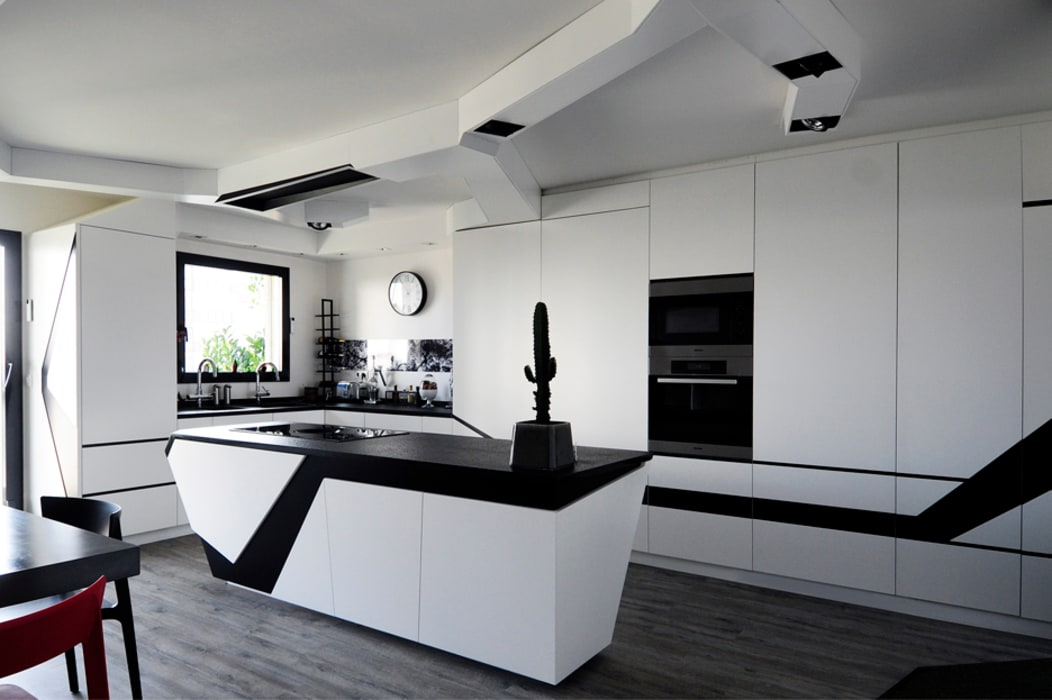 Kitchen by Agence Glenn Medioni