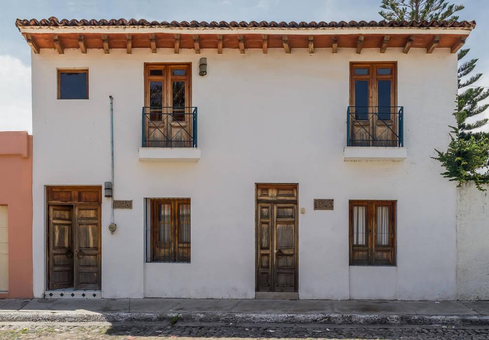 Fachada exterior Casas mediterráneas de Mikkael Kreis Architects Mediterráneo