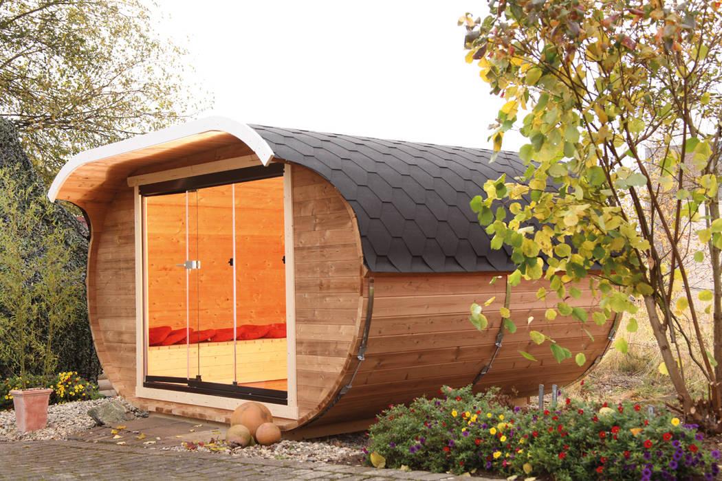 Ovales Gartenhaus aus Thermoholz von Wolff Finnhaus Gartenhaus2000 GmbH Moderner Garten
