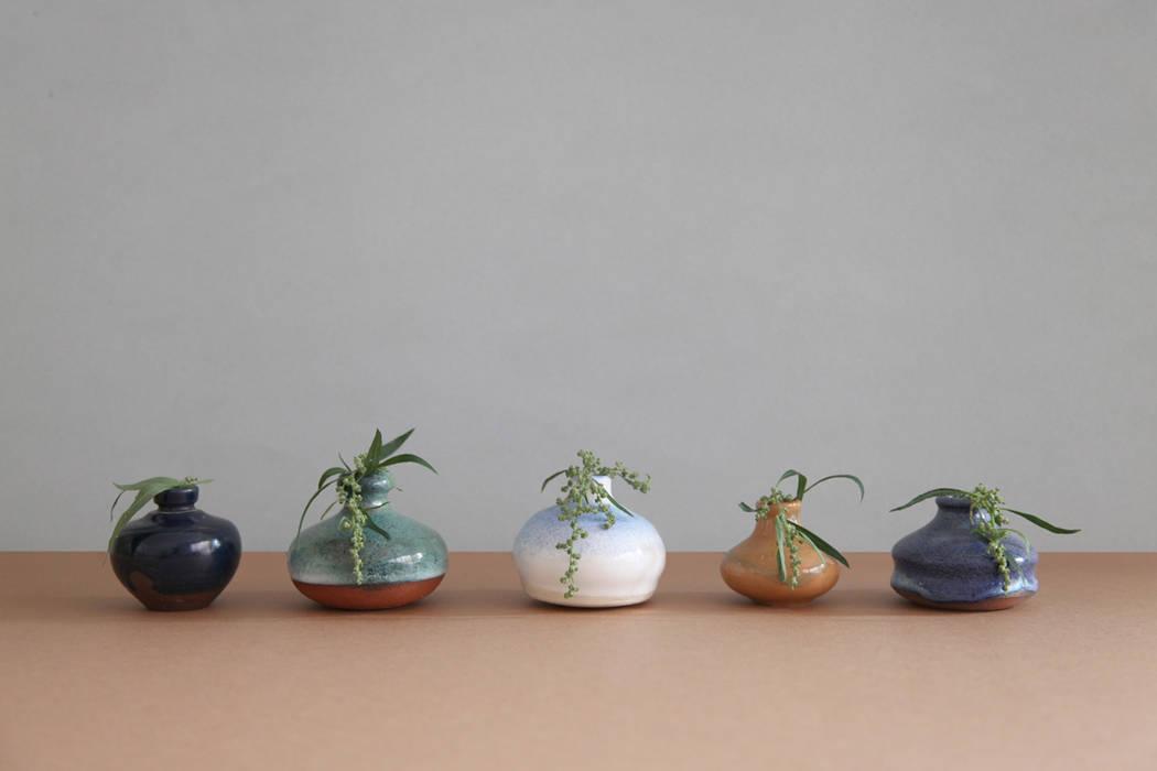 minimalist  by SLEIW SELLS, Minimalist