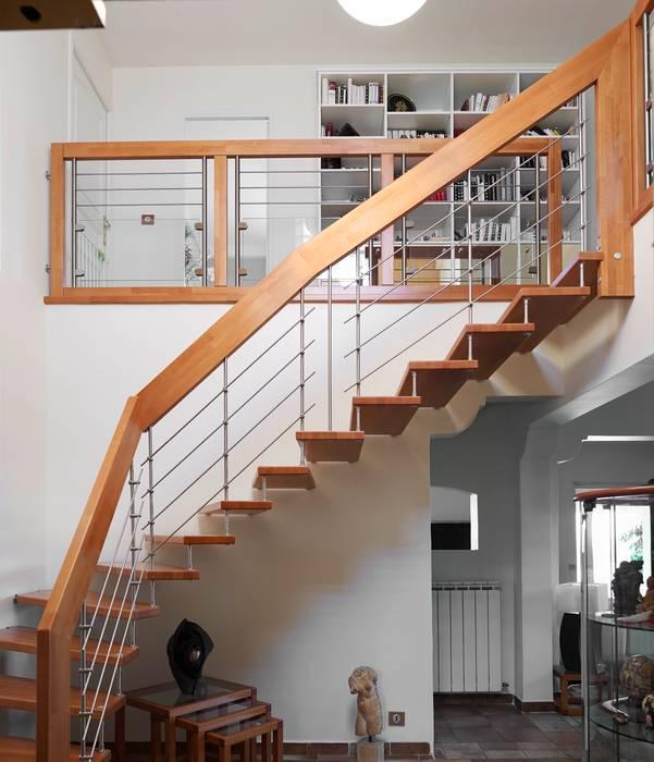 Escalier Suspendu Couloir Entrée Escaliers De Style Par Passion