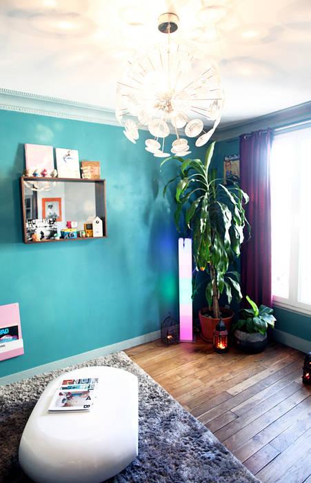Coin vert: Salon de style  par Sandra Dages