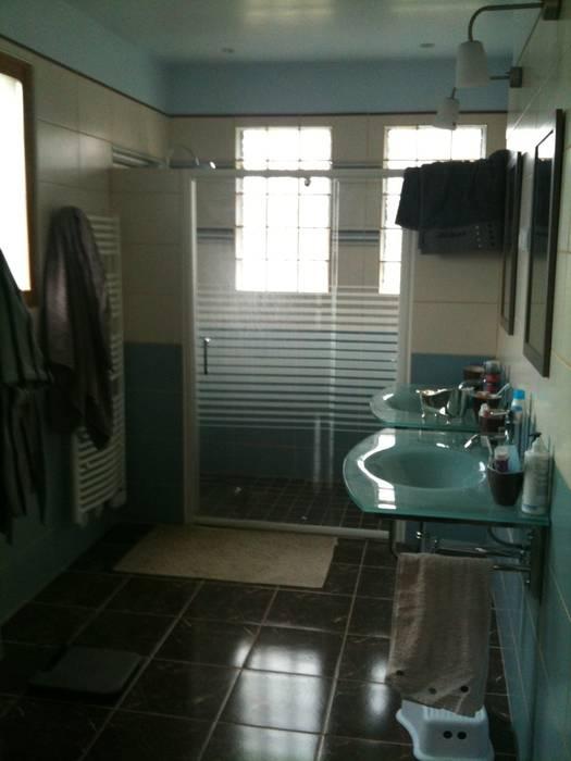 Suite parentale: salle d'eau Salle de bain moderne par DK2DECO Moderne