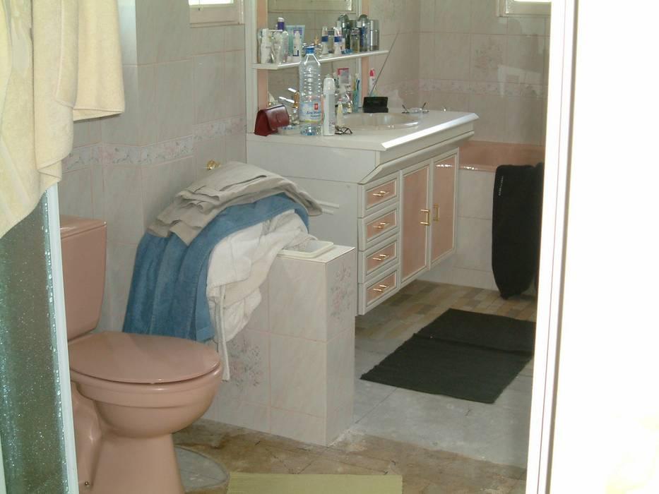 Suite parentale: avant Salle de bain moderne par DK2DECO Moderne