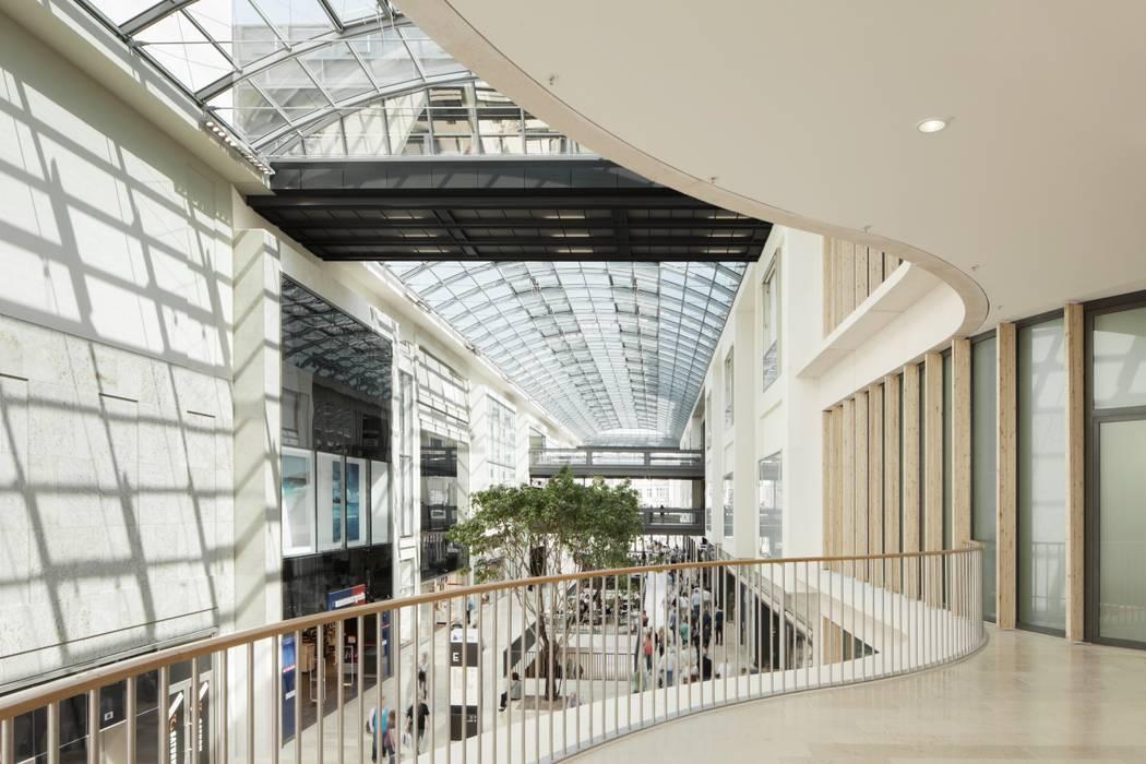 Boulevard Berlin:  Einkaufscenter von Ortner & Ortner Baukunst Ziviltechnikergesellschaft mbH,Modern