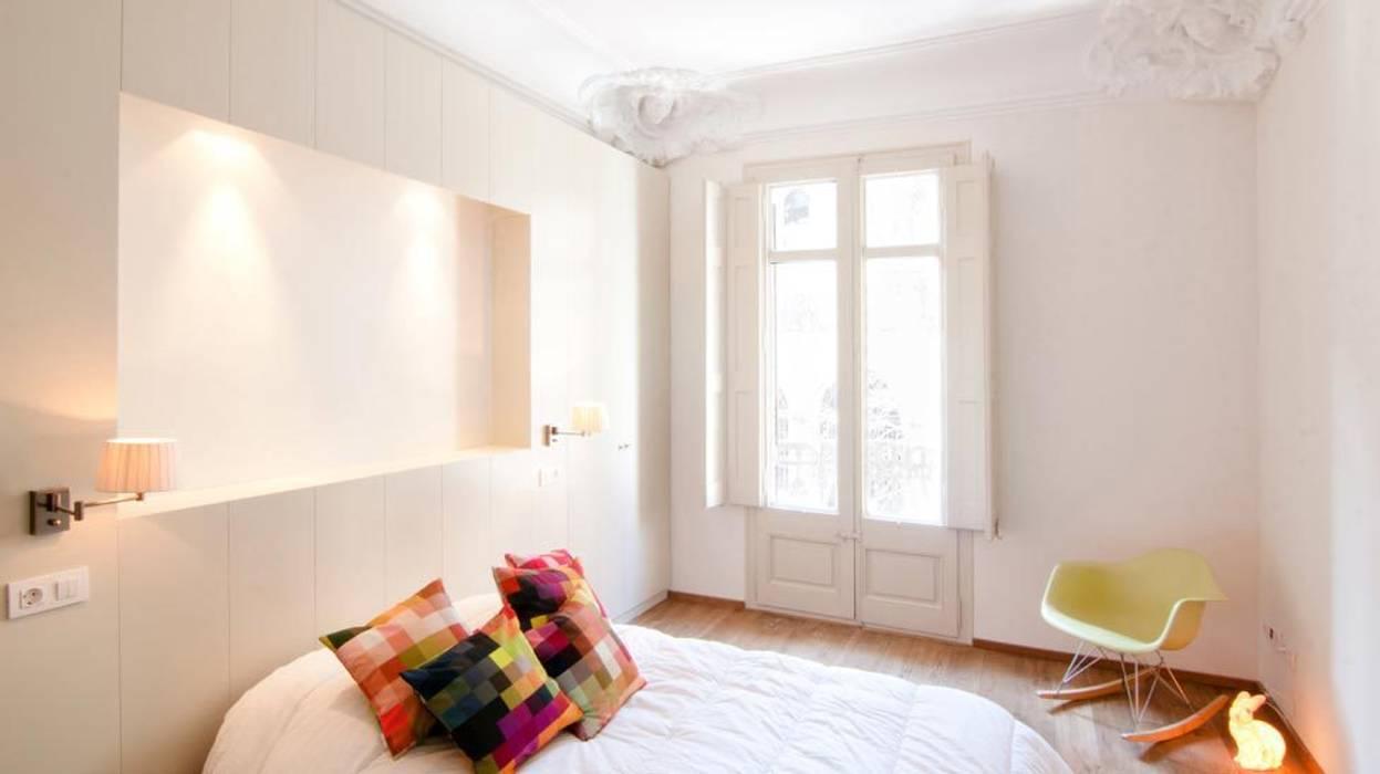 Habitación de matrimonio: Dormitorios de estilo  de Diseño y Comunicación Online